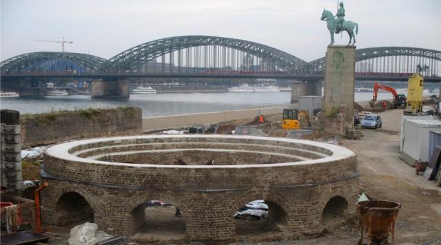 Rekonstruktion, Drehscheibe Rheinboulevard Köln, 2015
