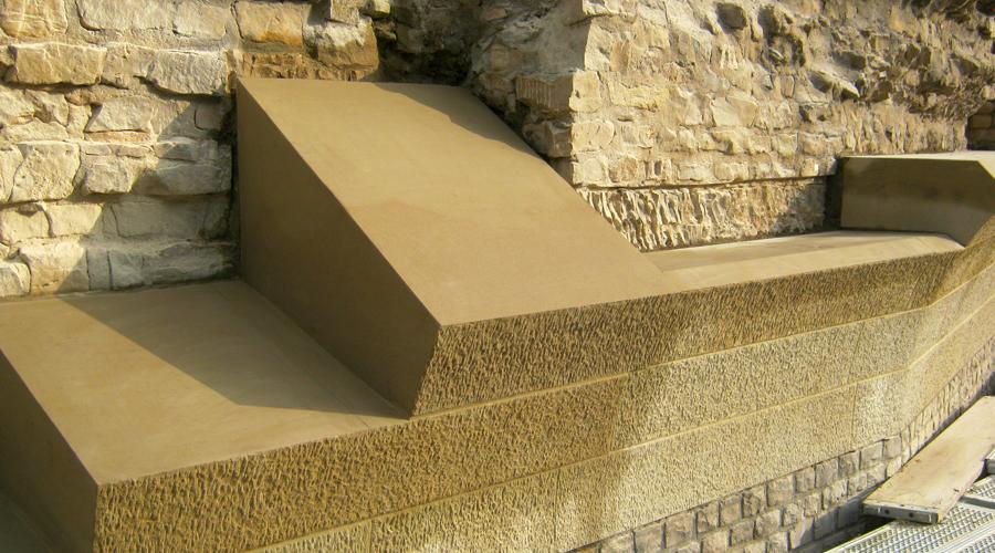 Kämpfersteine Amphitheater, Trier