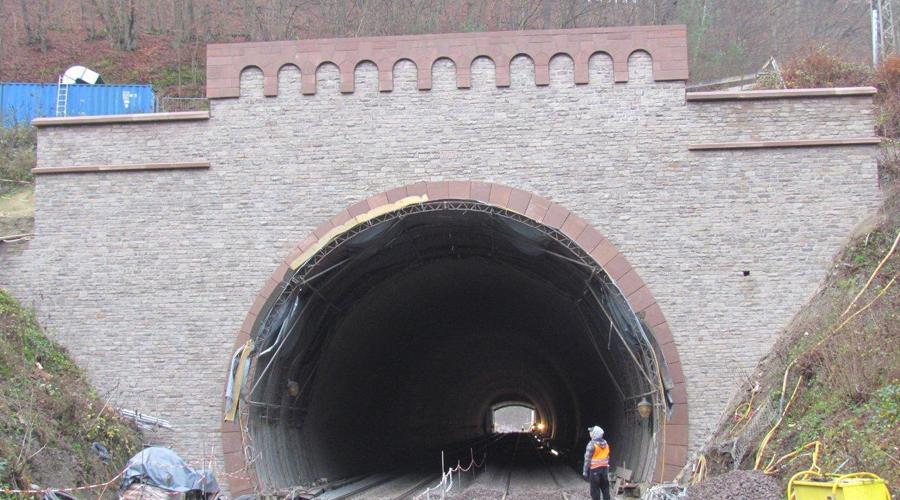 Tunnelportal Nassau