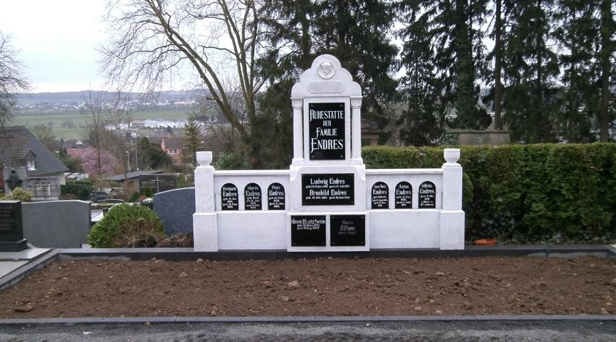 Sanierung Grabanlage